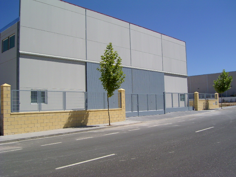 EXTERIOR NAVE INDUSTRIAL