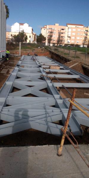fabricacion-y-montaje-de-estructura-piscina-cubierta-badajoz-13