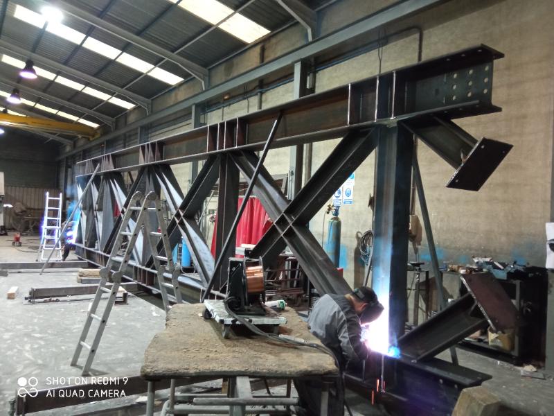 fabricacion-y-montaje-de-estructura-piscina-cubierta-badajoz-4